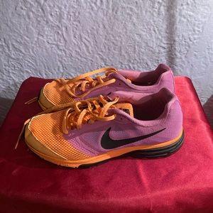Nike woman's sneakers